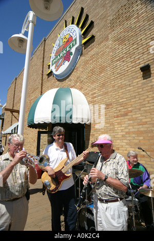 Toledo Ohio Erie Street Market live music entertainment musicians men entertainment guitar trumpet - Stock Image