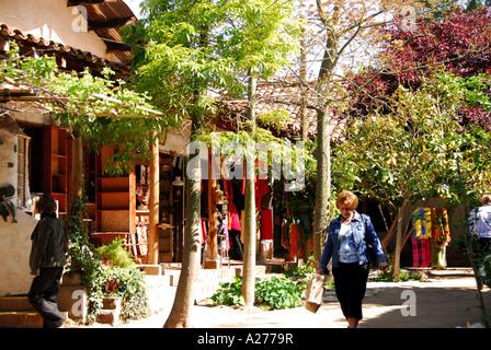 Chile Santiago Pueblito de Los Domínicos shopping store fronts - Stock Image