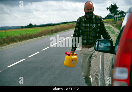 highway empty gas petrol stock photos highway empty gas petrol stock images alamy. Black Bedroom Furniture Sets. Home Design Ideas