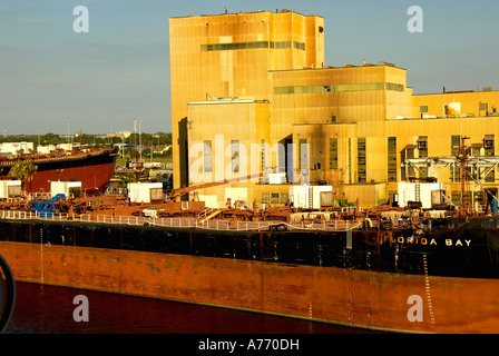 Tampa Florida, Port of Tampa red cargo ship at dock - Stock Image
