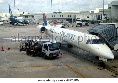 Miami Florida Airport Delta Airlines Stock Photos Amp Miami