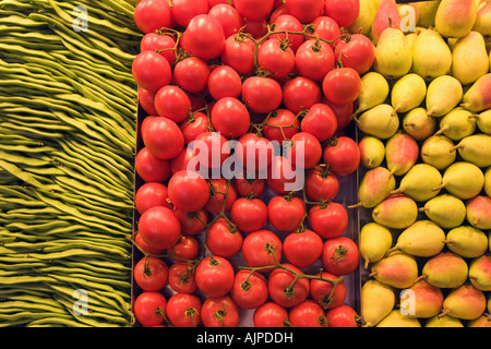 spain Barcelona market hall La Boqueria fruits beans tomatoes and pears - Stock Image
