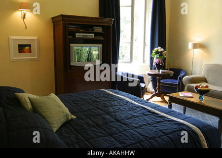 Tv unit stock photos tv unit stock images alamy - Schneidermans furniture seating units and bunk beds ...