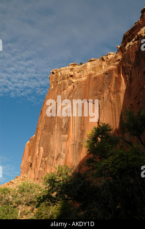 Utah Capitol Reef National Park steep cliff shadow outline - Stock Image
