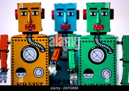 3 Chinese manufactured tinplate clockwork toy robots - Stock Image