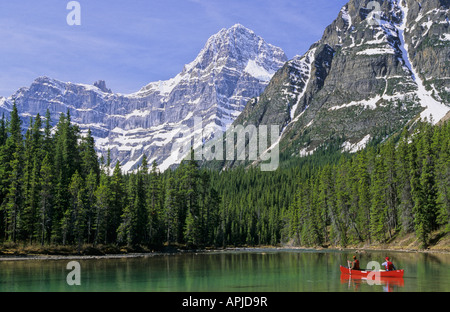 Canoeing on Upper Waterfowl Lake Banff National Park Alberta Canada - Stock Image