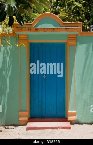 Doorway in Maldives near India - Stock-Bilder