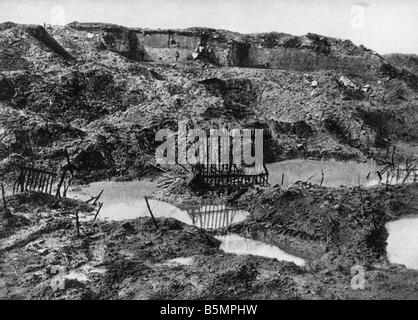 9 1916 2 21 A1 E Froide Terre near Verdun Photo 1917 World War I Western Front Battle of Verdun 1916 The Froide - Stock-Bilder