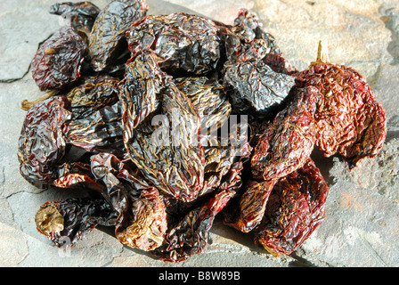 Chipotles 'Moritas'. Dried, smoked jalapeno chillies used to add a smoky heat to Mexican and TexMex dishes. - Stock-Bilder