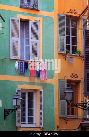 Typical French windows in the 'Vielle Ville' part of Nice, France - Stock-Bilder