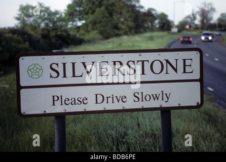 unintentional-irony-on-a-sign-at-silvers