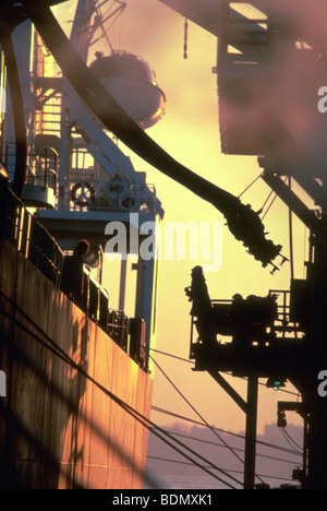 Oil container ship pumping oil from ship to shore in New Jersey - Stock Image