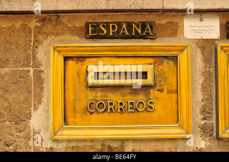 Nostalgic mailbox at the post office of Sóller, Majorca, Balearic Islands, Spain, Europe - Stock-Bilder