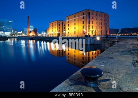The Albert Dock At Night Liverpool Merseyside UK - Stock Image