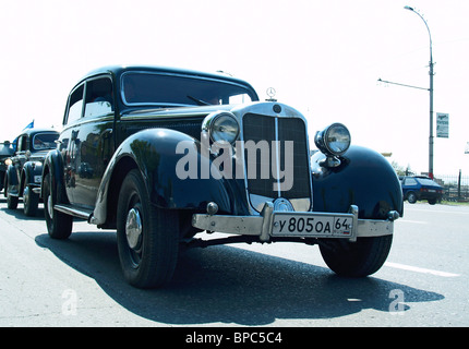Vintage Automobiles Parade in Saratov - Stock Image