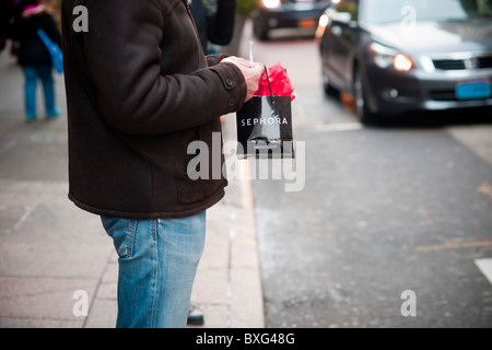Sephora Store Stock Photos & Sephora Store Stock Images - Alamy