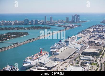 USA,Florida,Miami harbor as seen from air - Stock-Bilder
