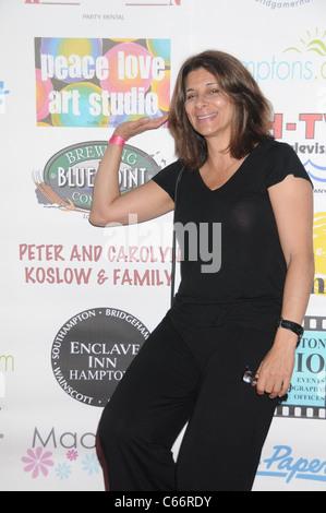 Comedien Angela LaGreca at arrivals for Cancer Schmancer Family Day, East Hampton Studio, Wainscott, NY June 19, - Stock Image