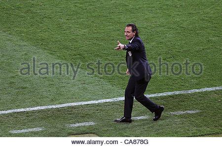 24/06/2012 Kiev. Euro 2012 Football. England v Italy. Italian coach Cesare Prandelli. Photo: Mark Leech. - Stock-Bilder