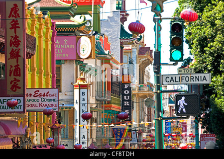 Street scene in Chinatown section of San Francisco, California, USA - Stock Image