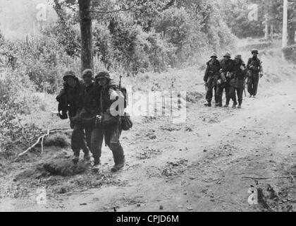 Wounded soldiers of the Waffen SS in the Normandy, 1944 - Stock-Bilder
