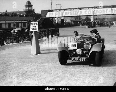 1938 SS 100 in Junior Car club event at Brooklands 25th March 1939. - Stock-Bilder
