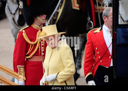 HM The Queen, Trooping the Colour 2012, The Queen's Birthday Parade, Whitehall, Horse Guards, London, England, - Stock-Bilder