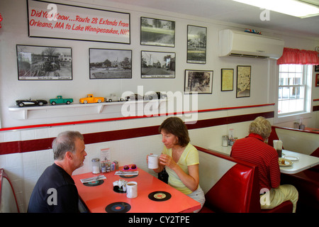 Massachusetts Cape Cod South Yarmouth Route 28 Diner restaurant Americana inside interior man woman couple table - Stock Image
