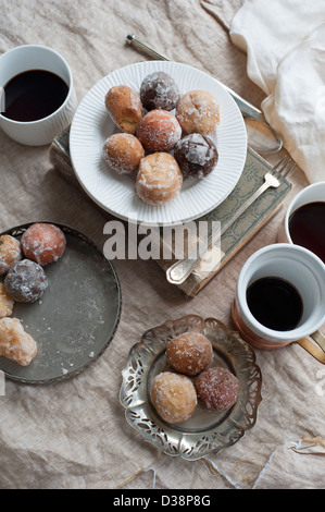 Plate of desserts with coffee - Stock-Bilder