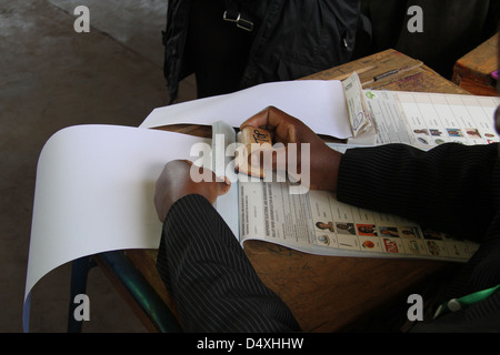 in Morrison Primary School polling station in Makadara Constituency from a printed register. - Stock Image