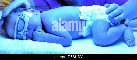 Special care baby unit stock photos special care baby for Warm getaways in march
