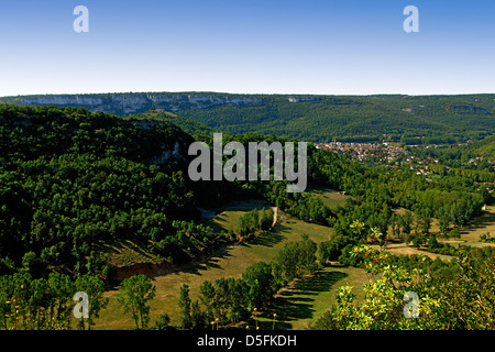 Limestone gorge above St Antonin Noble Val, Tarn et Garonne, France - Stock Image