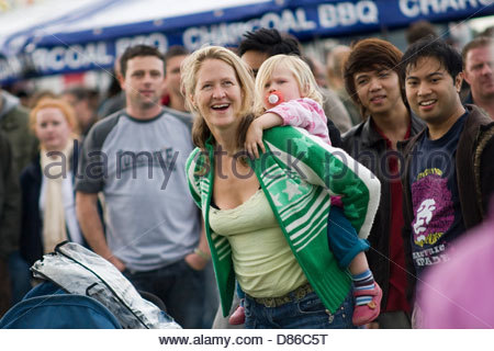 People of different ethnic backgrounds having fun together at Festival Of World Cultures. - Stock-Bilder