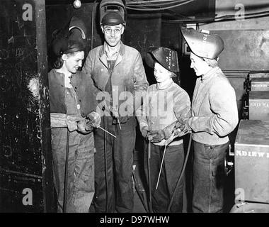 Factory workers - Stock-Bilder