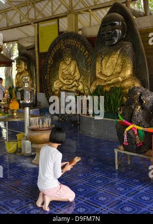 Wat Huay Monkol, a pilgrimage place and tourist attraction near Hua Hin, Thailand, Southeast Asia - Stock-Bilder