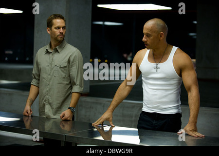 FAST AND FURIOUS 6 (2013) VIN DIESEL, PAUL WALKER JUSTIN LIN (DIR) 001 MOVIESTORE COLLECTION LTD - Stock Image