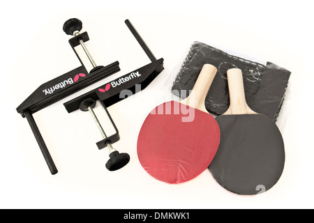 Table tennis set, including a pair of rackets, table clamps and net - Stock Image