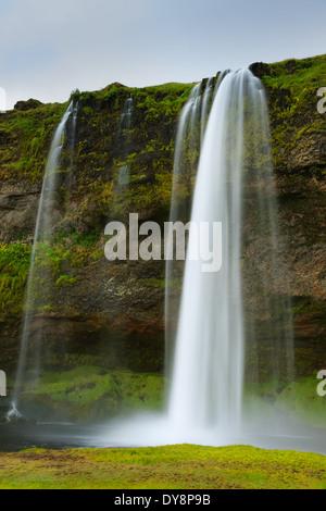 Waterfall Seljalandsfoss at the south coast of Iceland. - Stock-Bilder