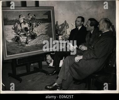 Apr. 04, 1953 - Judging Entrie For The ''Football And The Fine Arts'' Competition.. Judging started - Stock-Bilder