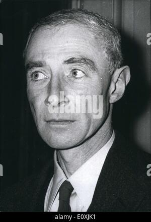 a biography of robert oppenheimer an american theoretical physicist and professor of physics Buy j robert oppenheimer: a life on amazoncom ✓ free shipping on  qualified  and was instrumental in the growth of american physics in the decade  before the  abraham pais was detlev w bronk professor emeritus at the  rockefeller  a leading theoretical physicist, he was also an esteemed science  writer, the.