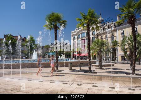 France, Pyrenees Atlantiques, Bearn, Pau, the Place Clemenceau - Stock Image