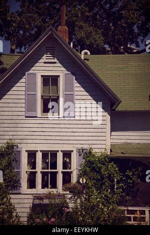 A purple cottage on Martha's Vineyard. - Stock-Bilder