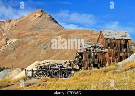 Abandoned Frisco Mill, San Juan Mountains, Colorado USA - Stock-Bilder