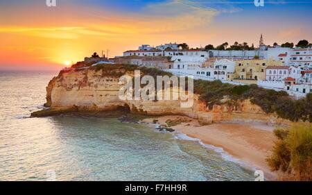 Sunset at Algarve coast, Carvoeiro, Portugal - Stock-Bilder