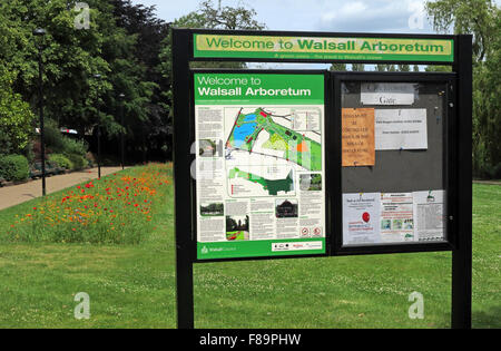 Welcome to Walsall Arboretum sign, in summer, West Midlands, England,UK - Stock Image