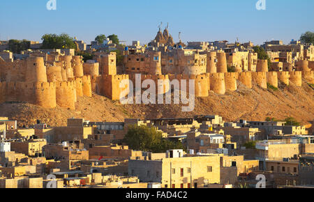 Panoramic view skyline of Jaisalmer Fort, Jaisalmer, Rajasthan, India - Stock-Bilder