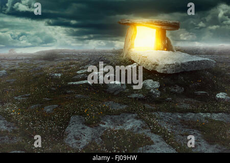 Magical portal in a mysterious land . Surreal and fantastic concept - Stock-Bilder