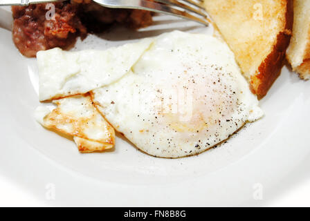 how to cook a fried egg over easy