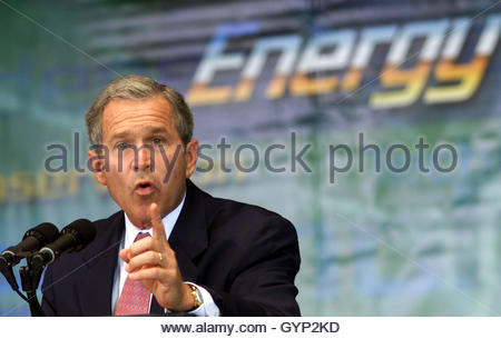 U.S. President George W. Bush annouces his administrations plans to conserve energy at the Department of Energy - Stock Image