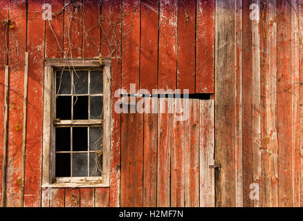 Red Barn Background old red barn stock photos & old red barn stock images - alamy